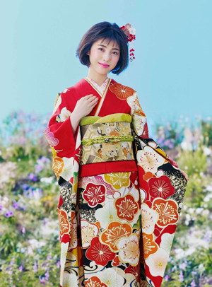 京都きもの友禅, CM, かわいい, 女の子, 女優, 浜辺美波, 振袖, 昭和