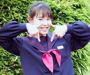 NiziU, マコ, 出身, 中学, 制服, 可愛い