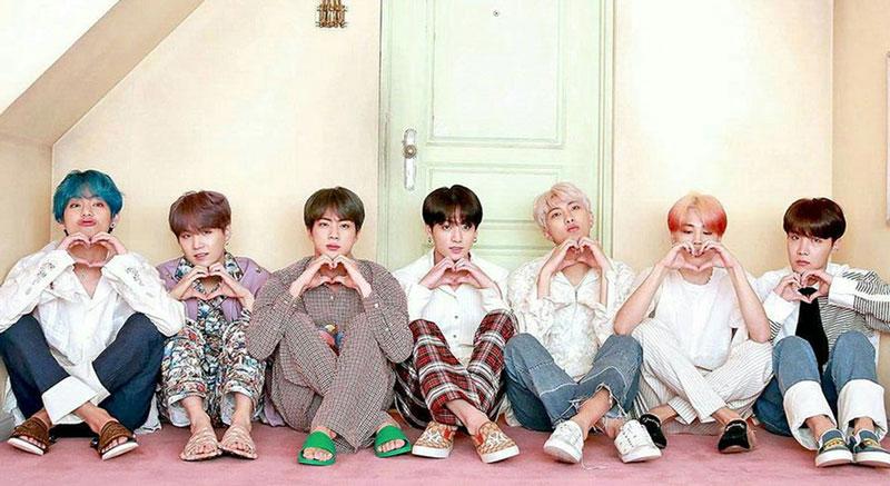 BTSメンバーのジン, ユンギ, ホソク, ナムジュン, ジミン, テテ, グク